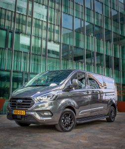 Ford Transit Custom Platinum Edition